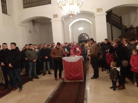 Свечано прослављени Бадњи Дан и Божић 2020. године у Милошевцу